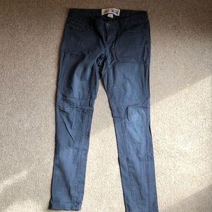 Low rise converse pants size 6